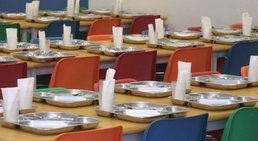 Educación licita el servicio de comedor en los 20 centros escolares ...